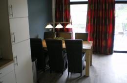 woonkamer-gezien-vanuit-de-keuken-260x170
